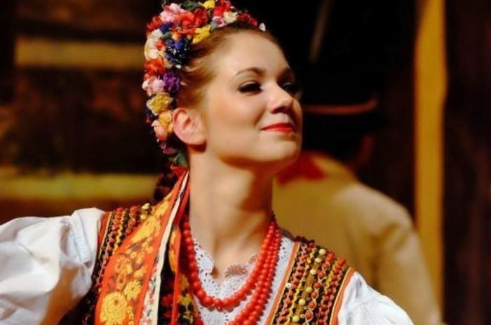 Picture of Ukrainian blonde lady